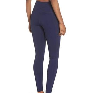 ZELLA Navy Live-In High Waisted Legging